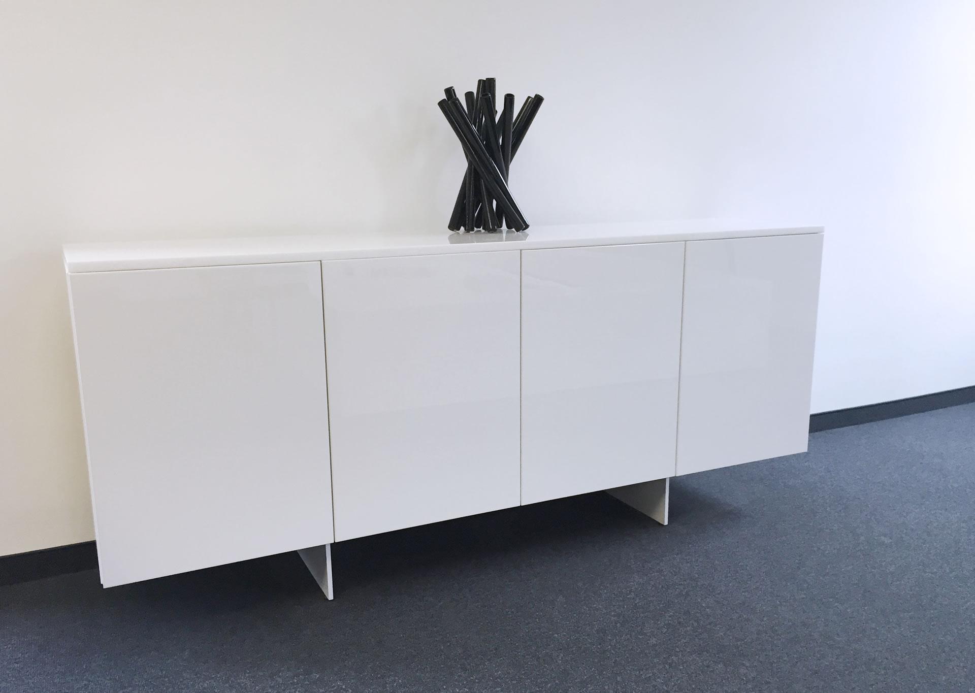 Sideboard Mit Fussen Design Sideboard Lisboa Weiss 150cm Mit Eiche Fussen Kommode