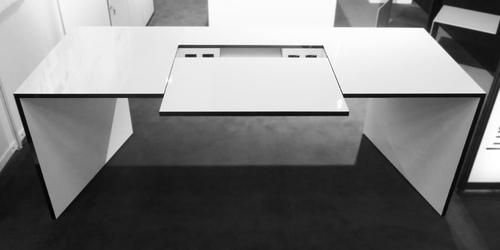 schreibtisch commentor online kaufen exklusiv design tisch von rechteck. Black Bedroom Furniture Sets. Home Design Ideas